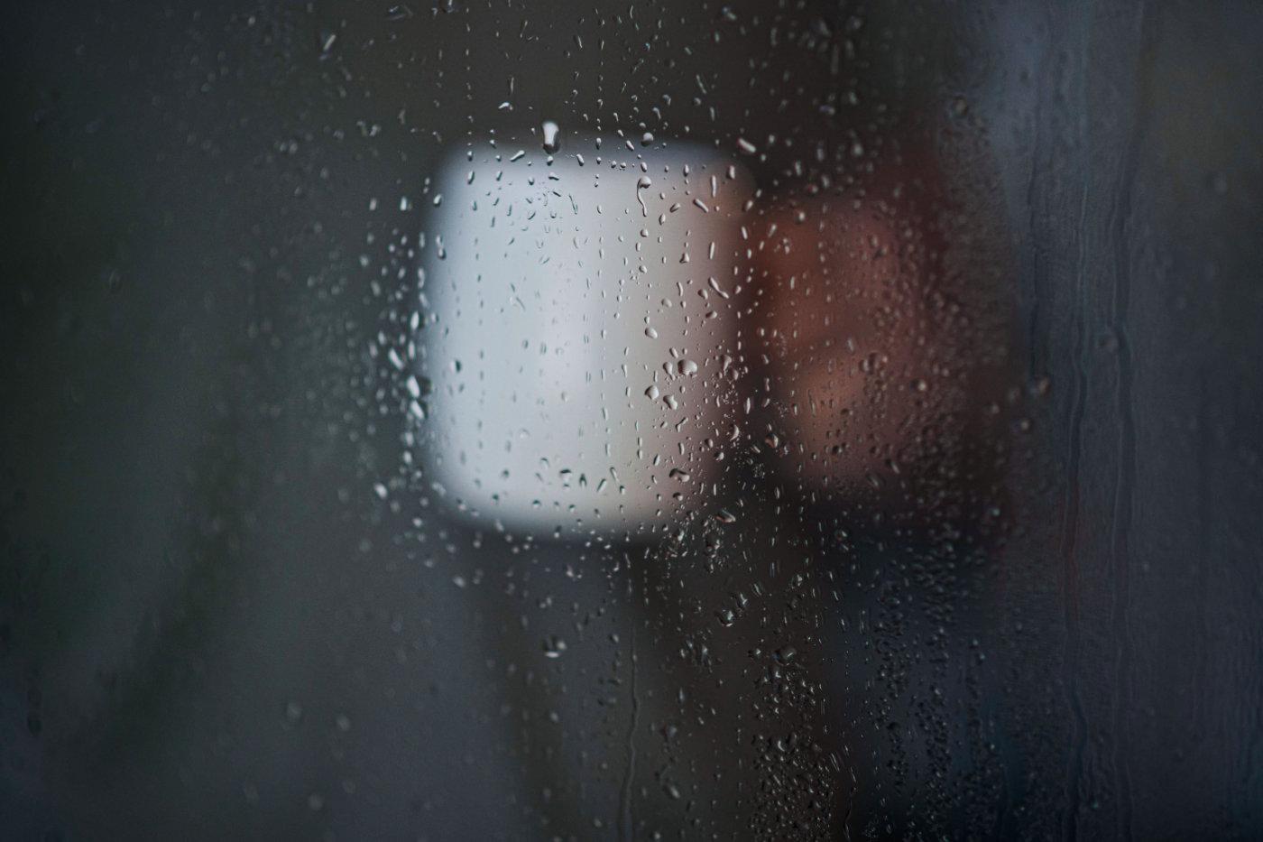Osmeh usred kišnog ponedeljka